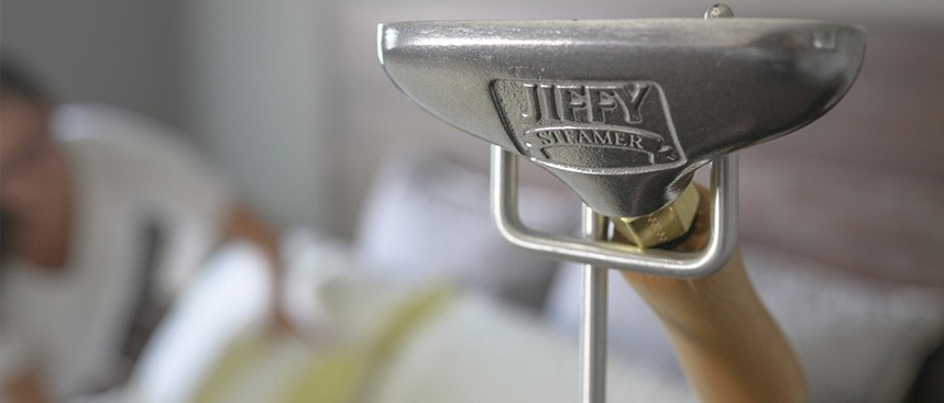 3 Reasons You Need The Jiffy Steamer Iron For Every Day Use